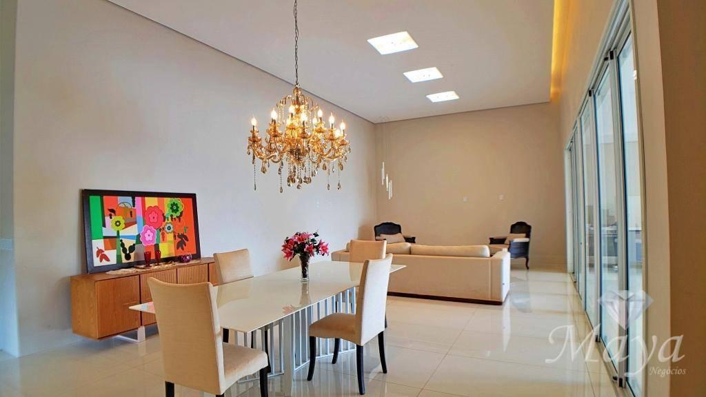 Casa 4 Suítes, 426 m² c/ lazer no Condomínio Polinésia Resort