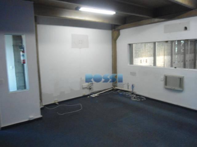galpão com escritório - 400 m² com altura de 10m e portão com pé direito de...