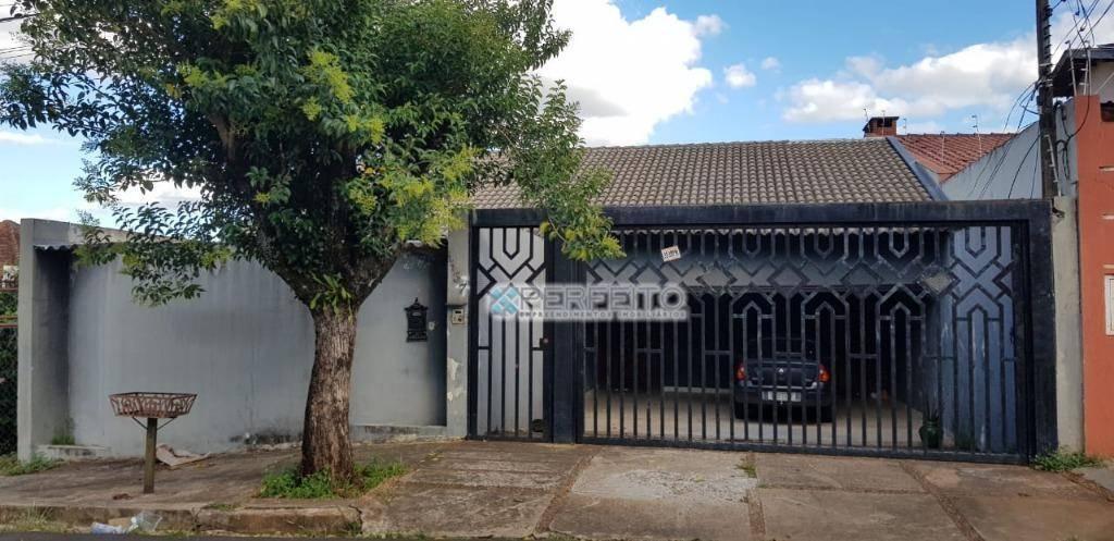 Casa com 4 dormitórios para alugar no Quebec em Londrina, 250 m² por R$ 750.000