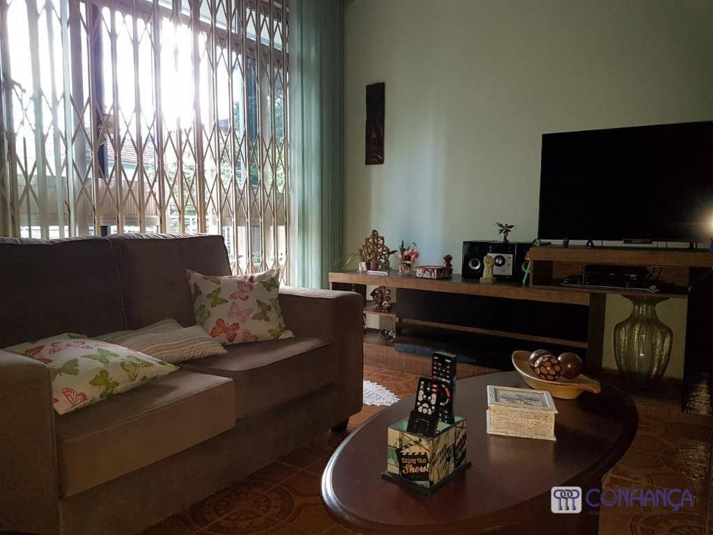 Excelente Apartamento Tipo Casa com Varandão, Térreo