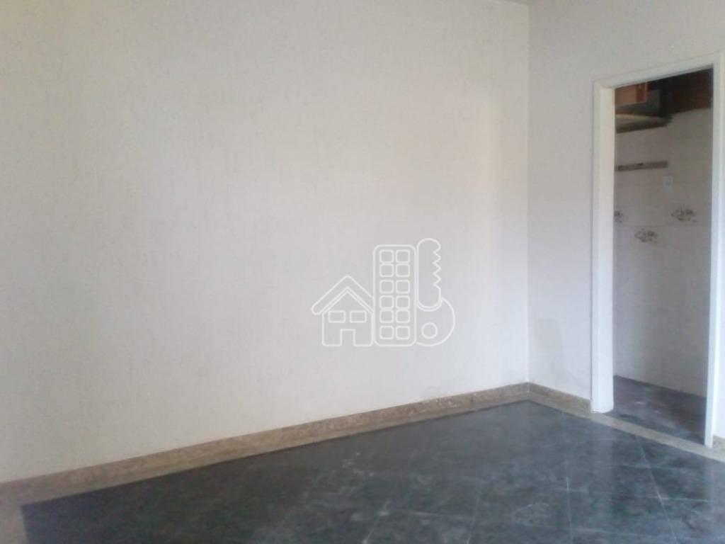 Casa com 2 dormitórios para alugar, 50 m² por R$ 900/mês - Boa Vista - São Gonçalo/RJ