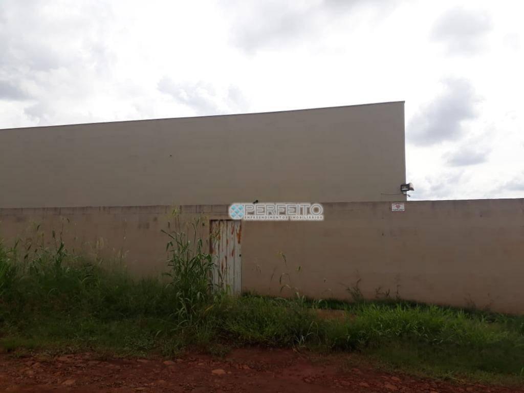 Barracão para alugar no Parque Industrial Buena Vista em Londrina, 750 m² por R$ 12.000/mês
