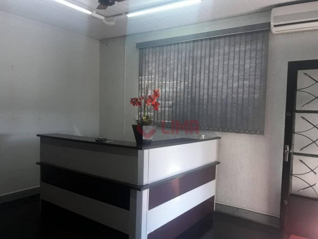 Casa com 7 dormitórios, 195 m² - venda por R$ 450.000 ou aluguel por R$ 2.000/mês - Centro - Bauru/SP