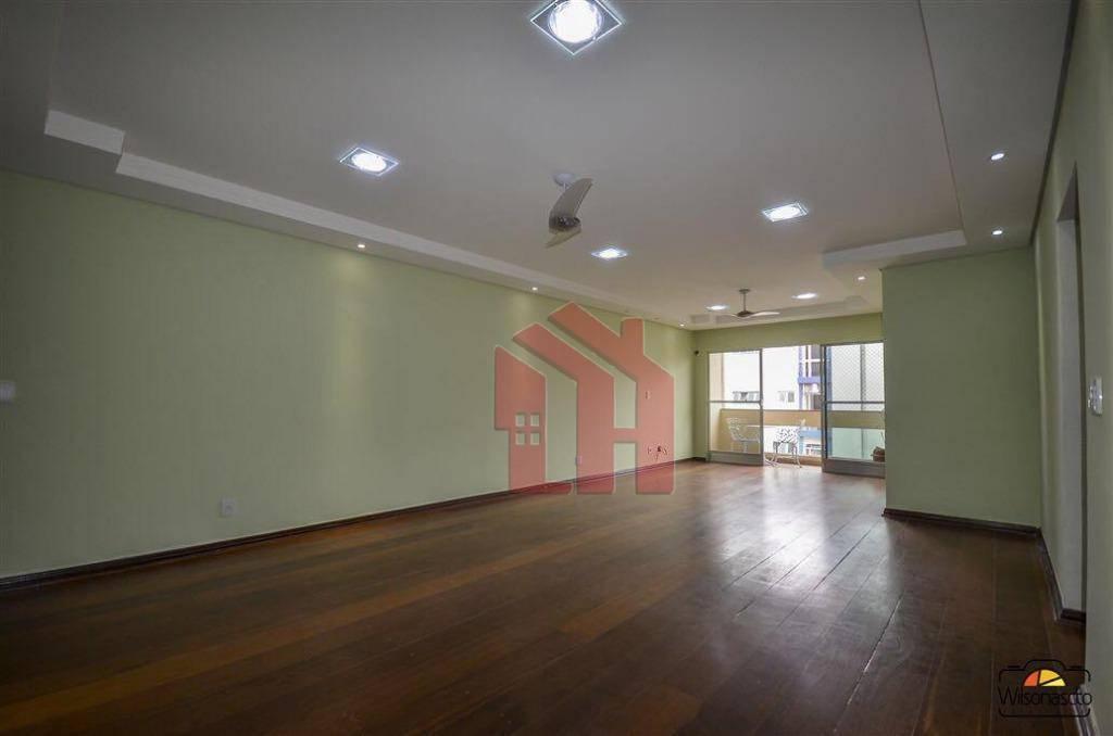 Apartamento com 3 dormitórios à venda, 170 m² por R$ 700.000,00 - Centro - São Vicente/SP