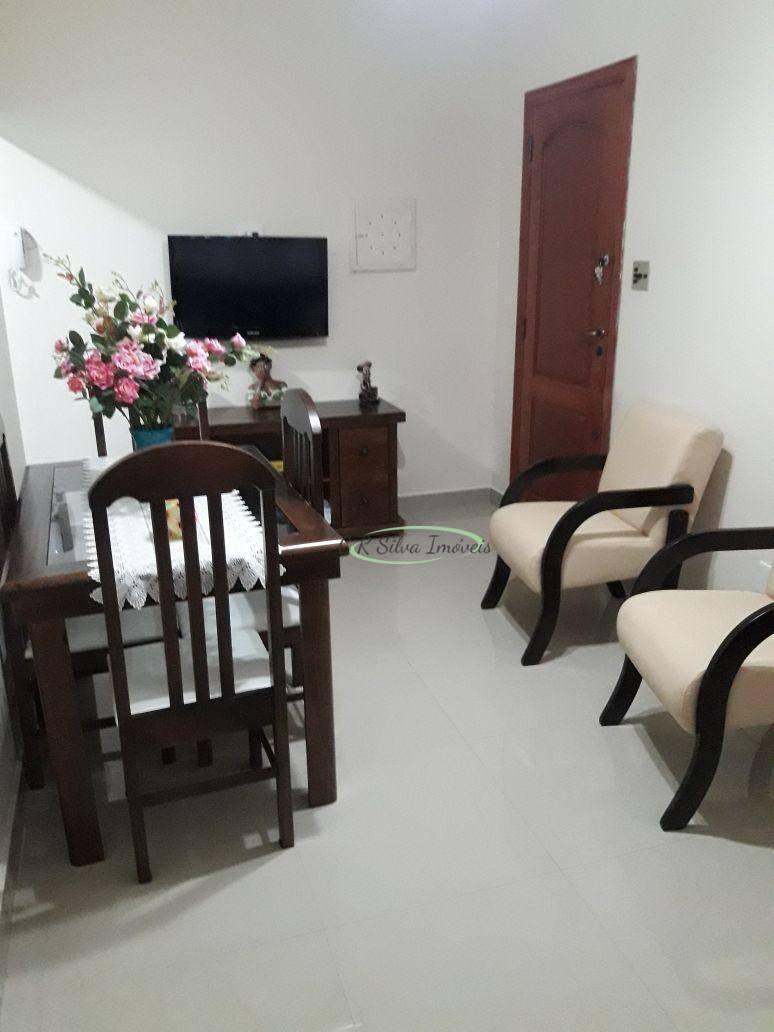 Apartamento com 2 dormitórios à venda, 71 m² por R$ 255.000,00 - Centro - São Vicente/SP