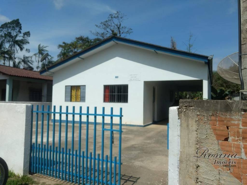 excelente casa nova de alvenaria com 100 m², sendo que o terreno tem 450 metros e...