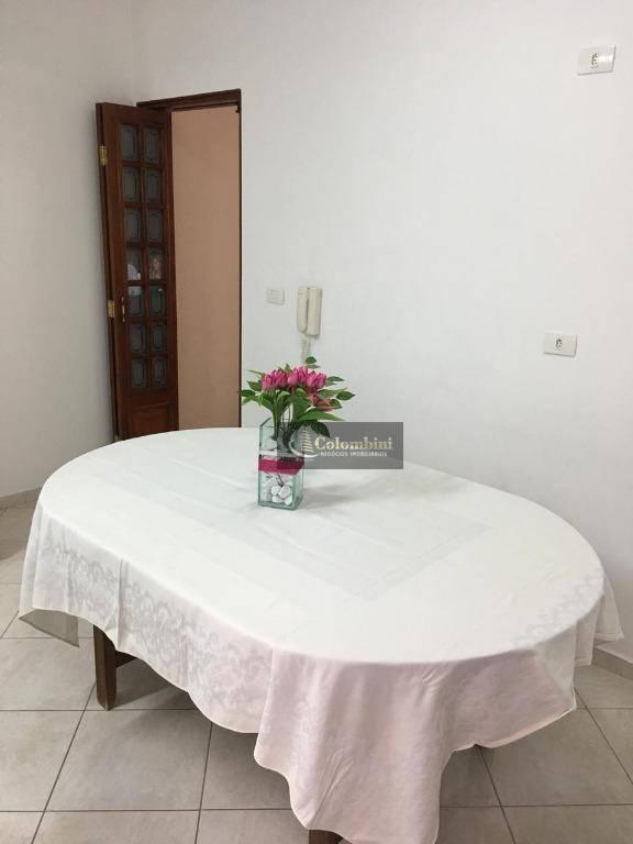 Casa residencial - 3 dormitórios - 2 vagas à venda, Vila Curuçá, Santo André.