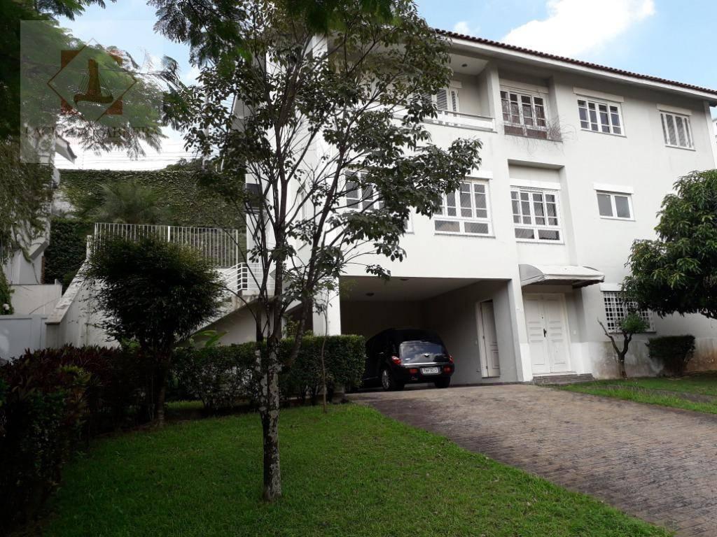 Espetacular casa em condomínio fechado 4 suites, lazer total!