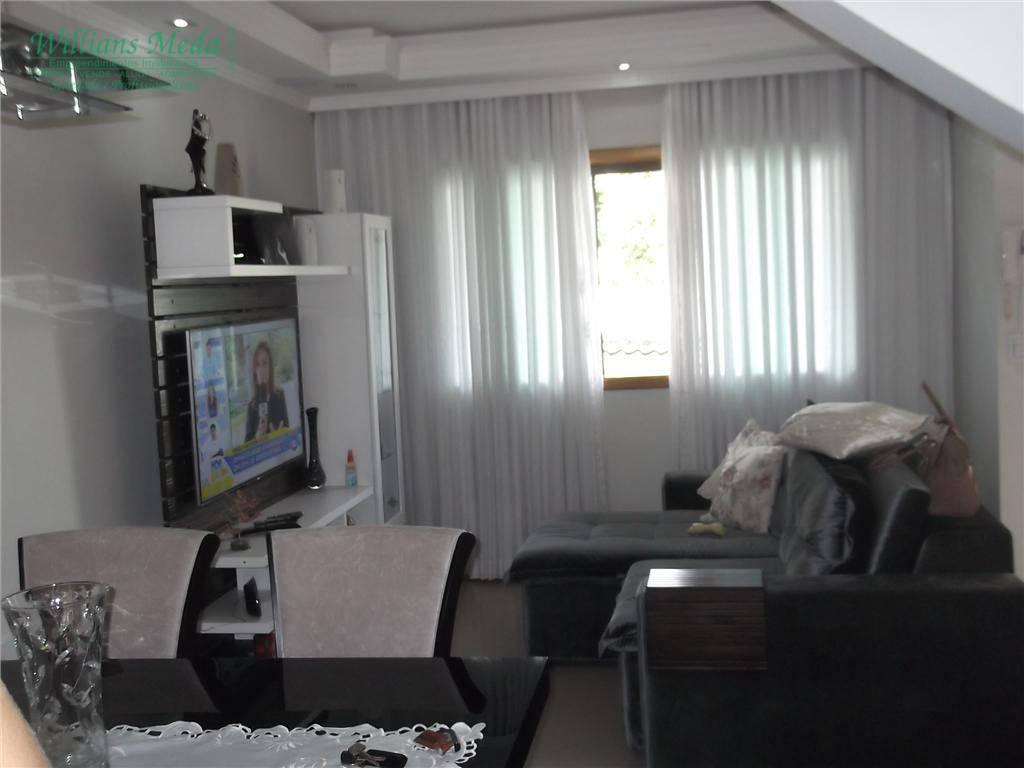 Sobrado com 3 dormitórios para alugar, 120 m² por R$ 2.500/mês - Jardim Santa Mena - Guarulhos/SP