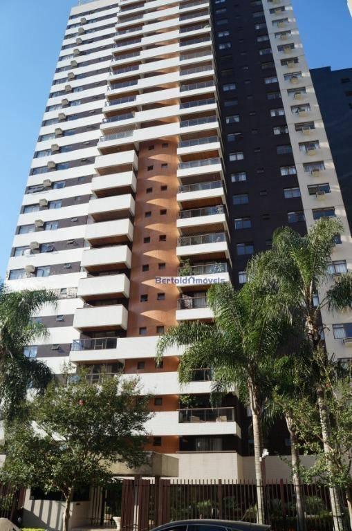 Apartamento no Cabral, 3 suítes à venda/locação