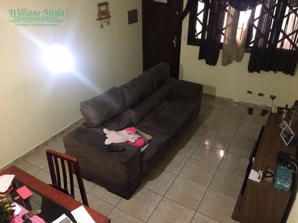 Sobrado residencial à venda, 2 dormitórios, 1 vaga. Jardim Santa Cecília, Guarulhos.
