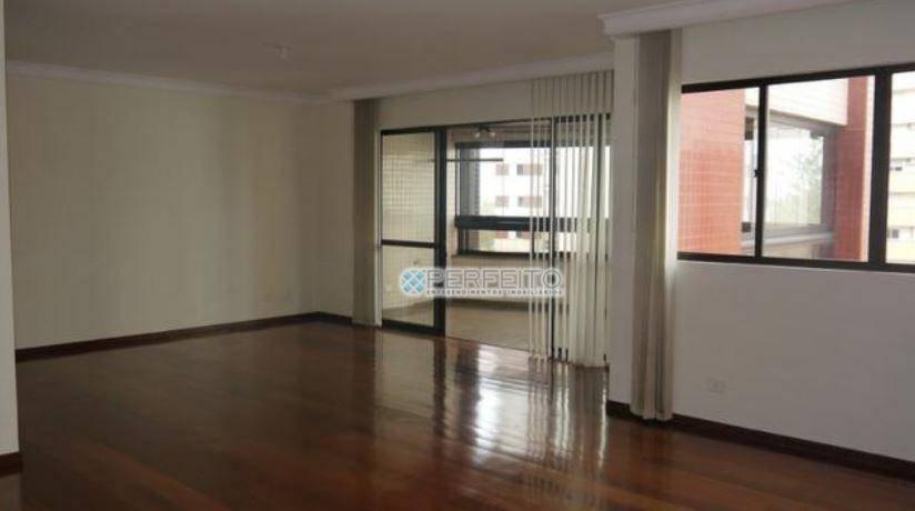 Apartamento para alugar em Londrina com 4 dormitórios, 191 m² por R$ 3.500/mês