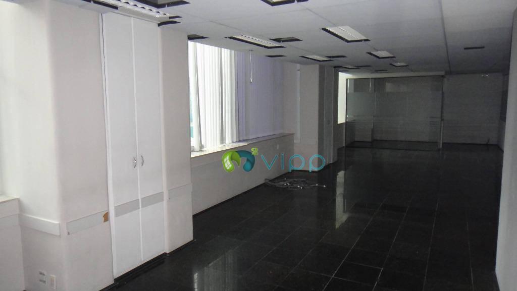 Berrini sala comercial com 375m2 - Fácil acesso pelas Avs. Marginal Pinheiros, Berrini, Bandeirantes, Jornalista Roberto Marinho