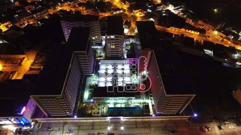 Maravilhosas lojas de frente para Principal avenida de Itaboraí
