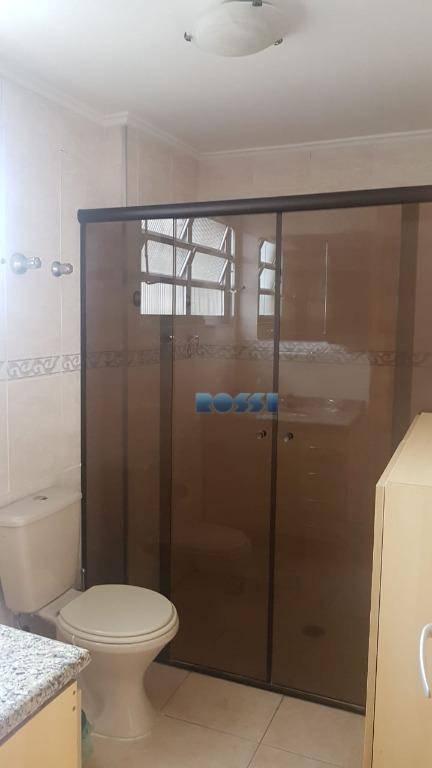 ótimo apartamento , localizado no coração da mooca.amplo e conservado. planta bem distribuida.02 dormitórios. armarios embutidos01...