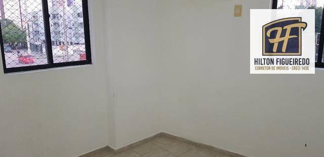 Apartamento com 3 dormitórios para alugar, 77 m² por R$ 1.300/mês - Bessa - João Pessoa/PB