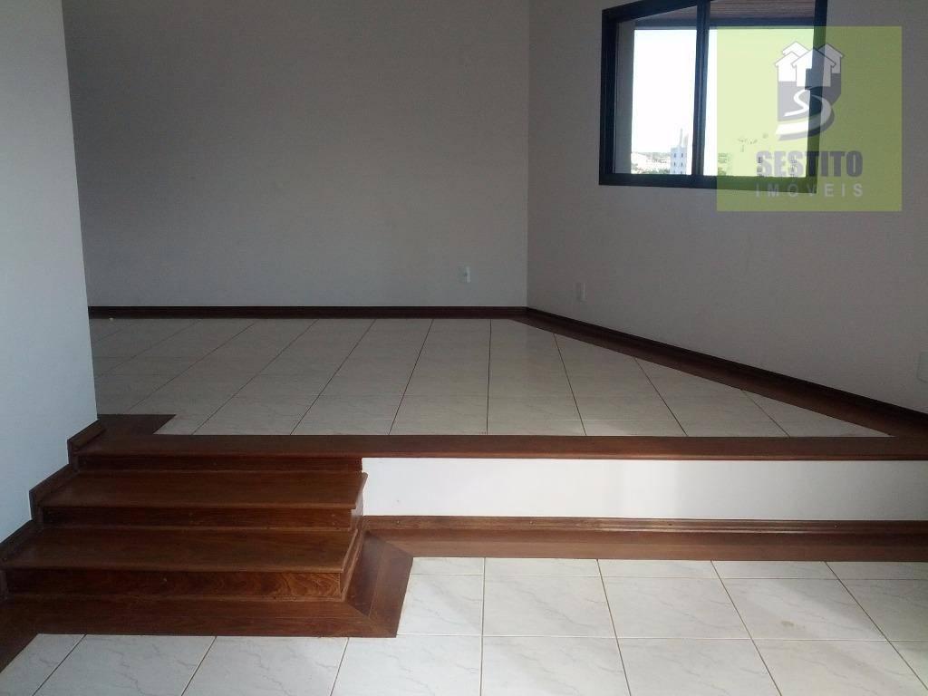 Apartamento residencial à venda, Centro, Catanduva.