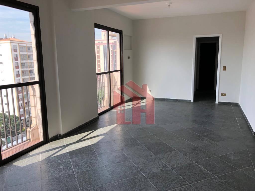 Apartamento de 87m2, com 3 dormitórios, sendo 1 suite, no Embaré