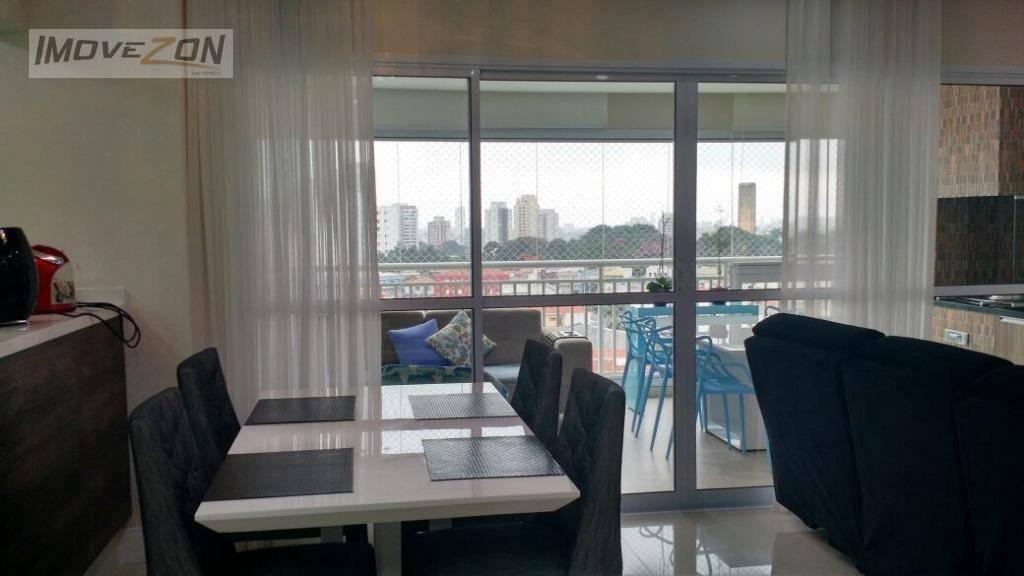 Apartamento com 117 m² localizado no Anália Franco com sacada gourmet com vista para o Parque CERET.
