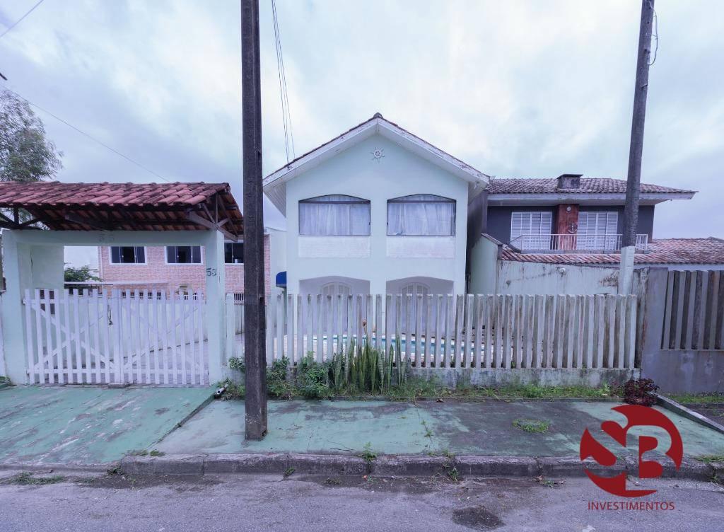 Sobrado com 6 dormitórios à venda, 164 m² por R$ 384.999 - B