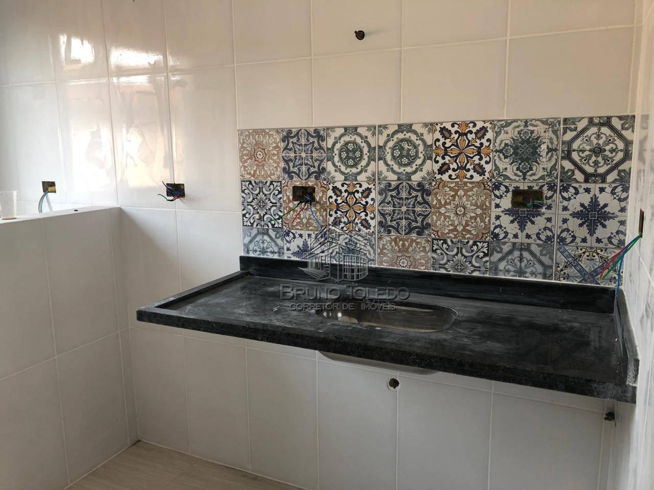 Casa com 2 dormitórios à venda, 64 m² por R$ 190.000 - Vila Guilhermina - Praia Grande/SP