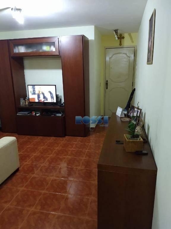 Apartamento com 2 dormitórios à venda, 60 m² por R$ 250.000