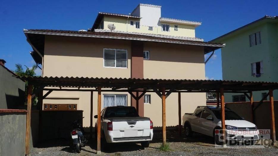 Kitinets/conjugados para alugar  no Bom Retiro - Joinville, SC. Imóveis