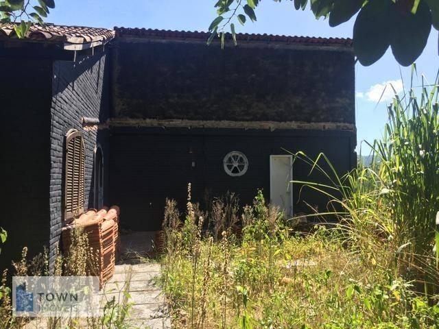 Sítio com 3 dormitórios à venda, 3000 m² por R$ 205.000 - Rio do Ouro - Niterói/RJ