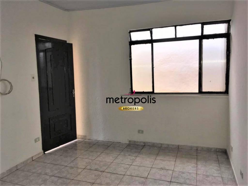 Casa com 2 dormitórios para alugar por R$ 1.450/mês - Santo Antônio - São Caetano do Sul/SP