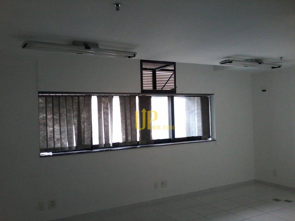 Sala comercial para locação, Moema, São Paulo.