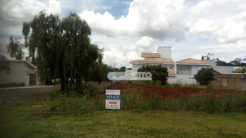 Terreno em Londrina à venda, 882 m² por R$ 750.000