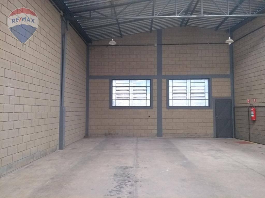 Galpão para alugar, 262 m² por R$ 3.400/mês - Recreio Estoril - Atibaia/SP
