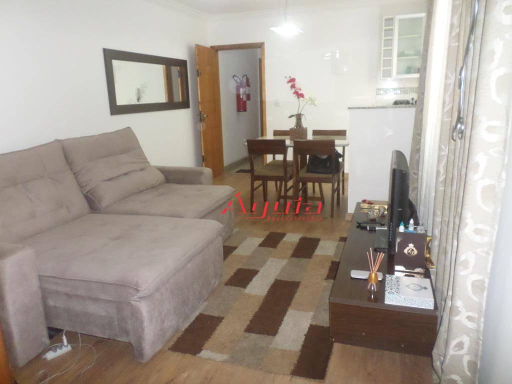 Apartamento com 2 dormitórios à venda, 53 m² por R$ 270.000 - Vila Curuçá - Santo André/SP