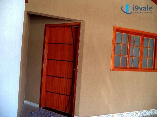 Casa de 3 dormitórios à venda em Parque Industrial, São José Dos Campos - SP