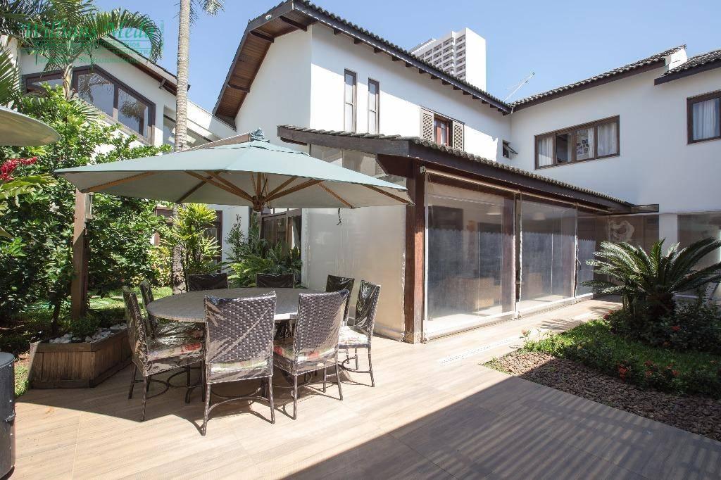 Sobrado residencial à venda, 4 dormitórios, 4 suítes, 4 vagas. Parque Renato Maia, Guarulhos.