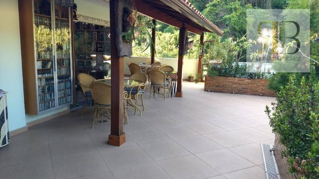Cobertura, Araguaia 3 quartos localização privilegiada!