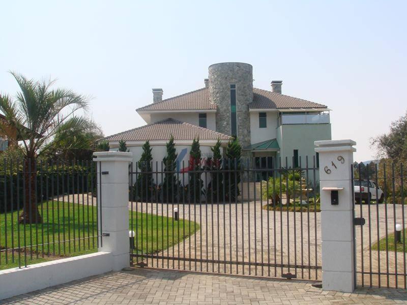 Casa com 4 dormitórios à venda, 1056 m² por R$ 4.800.000 - Menino Deus - Quatro Barras/PR