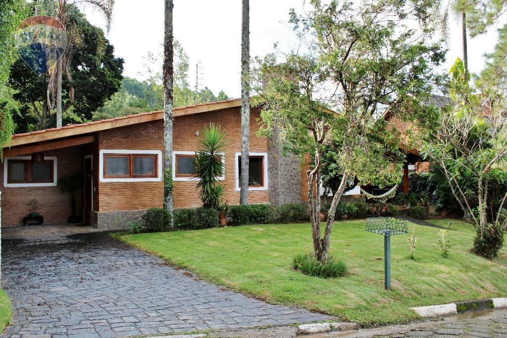 Casa térrea em condomínio em Atibaia