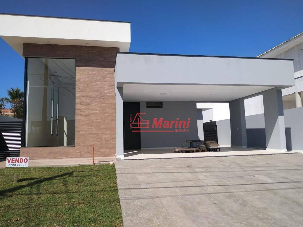 Casa com 3 dormitórios à venda, 200 m² por R$ 870.000,00 - Condominio Portal dos Bandeirantes - Salto/SP