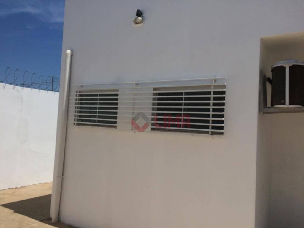 excelente imóvel, excelente localização,50 mts do estoril v, ideal para clínicas, escritórios com cinco salas, 3...