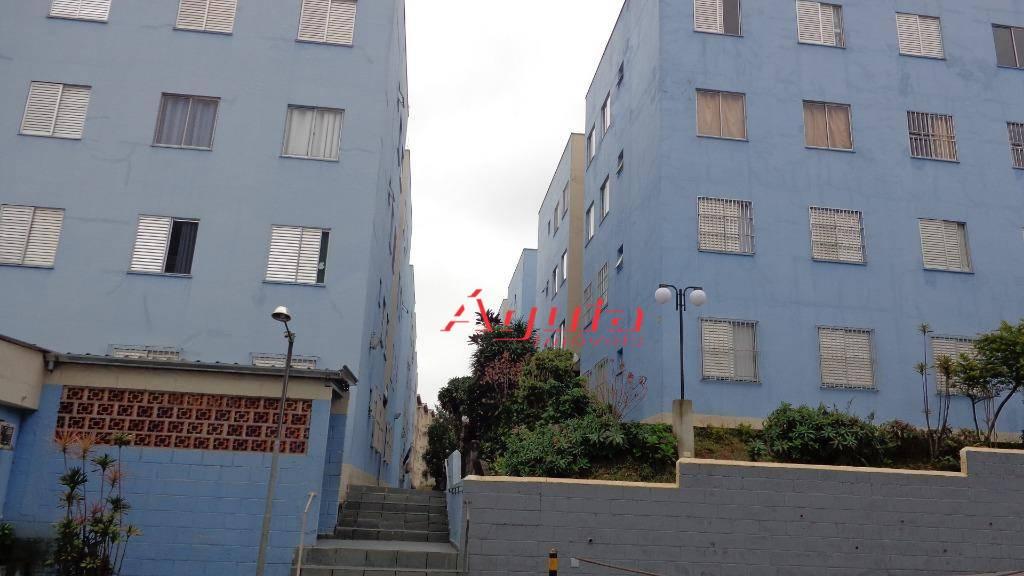 Apartamento residencial à venda, Cidade São Jorge, Santo André.
