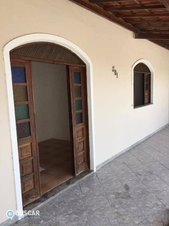 Casa para alugar, 180 m² por R$ 1.100,00/mês - Mangabeira - Feira de Santana/BA