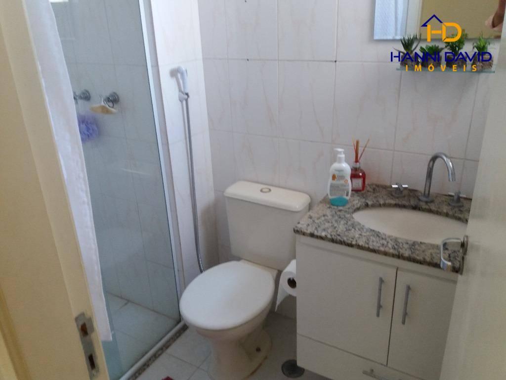 ótimo apartamento com piso em porcelanato, rico em armários, com sala estendida, varanda gourmet, 3 dormitórios...