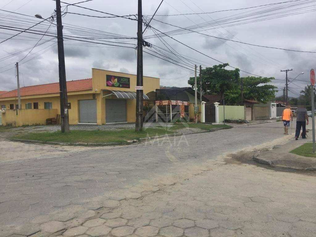 Casa com 2 dormitórios à venda, 42 m² por R$ 148.000