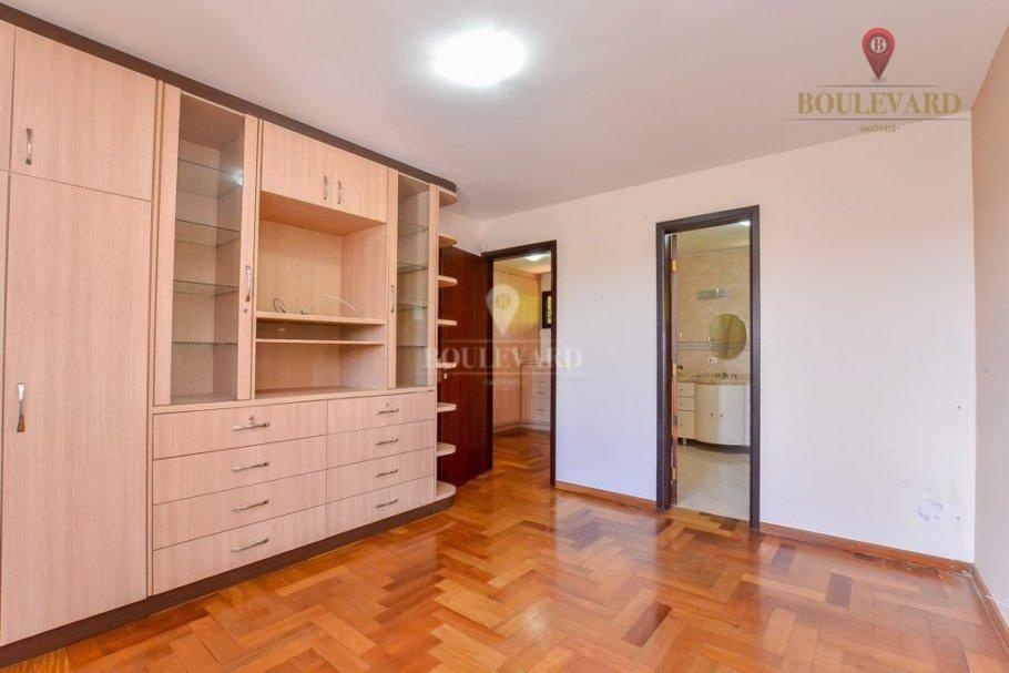 Casa em Condomínio com terreno 1.582 m² no Santa Candida