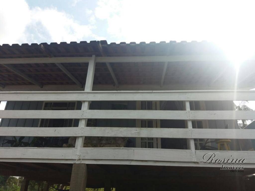 ótima casa em madeira localizada no jardim das palmeiras - morretes/paraná.casa nova em madeira com telhas...