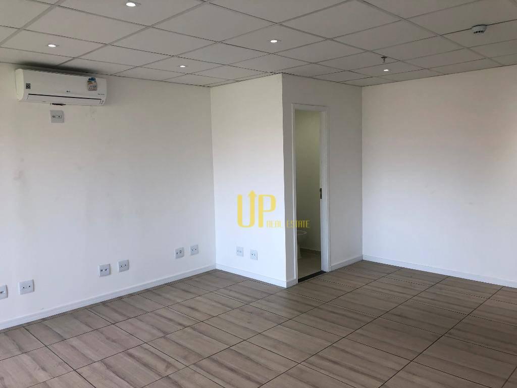 Conjunto para alugar, 40 m² por R$ 18.00/mês - Centro - Guarulhos/SP