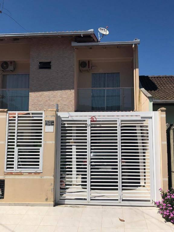 Sobrado com 2 dormitórios à venda, 98 m² por R$ 260.000,00 - Gravatá - Navegantes/SC