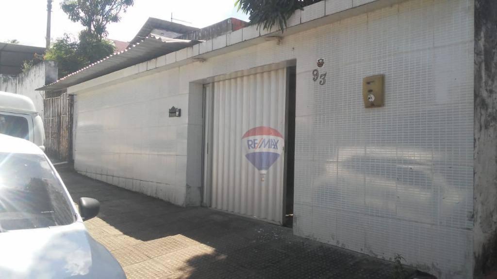 Casa no Ibura com 200 metros quadrados 2 garagem