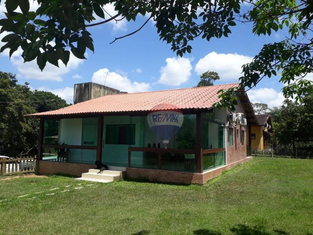 Casa em Aldeia, condomínio km 7, ótima localização.